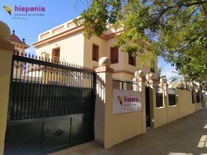 Nuevo chalet Hispania escuela de español lateral