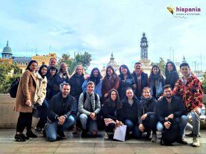 Estudiantes en Plaza ayuntamiento Valencia