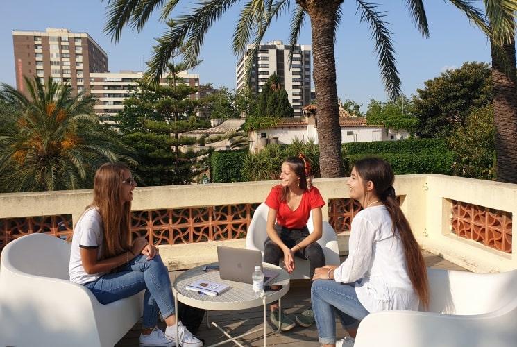 Terraza internships cursos de español
